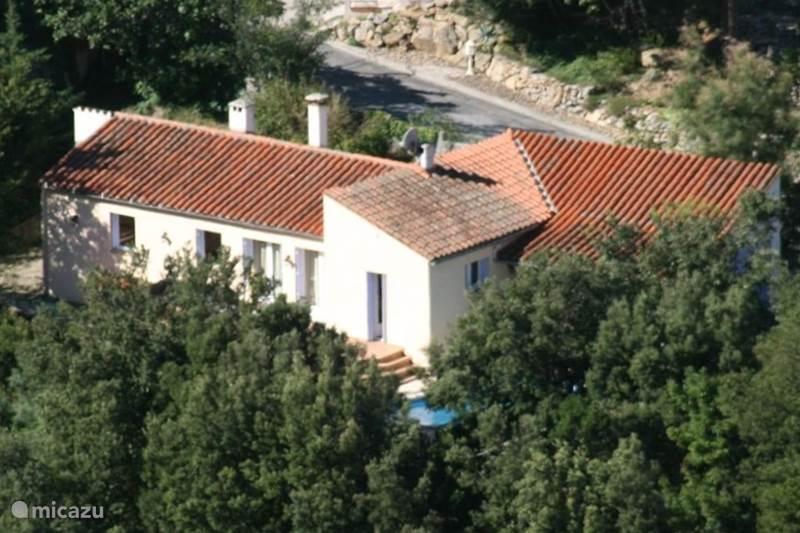 Vakantiehuis Frankrijk, Pyrénées-Orientales, Sorède Villa Bungalow met privé zwembad