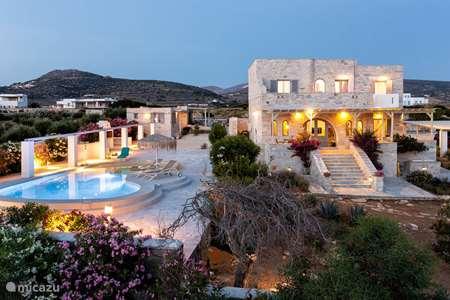 Vacation rental Greece – bungalow Aegean sea shell