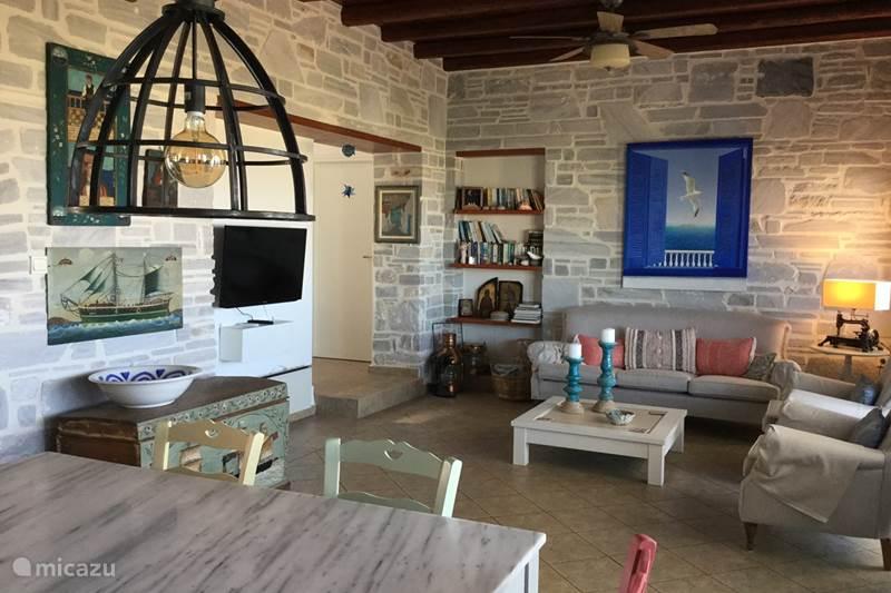 Vakantiehuis Griekenland, Cycladen, Paros Bungalow Aegean  sea shell