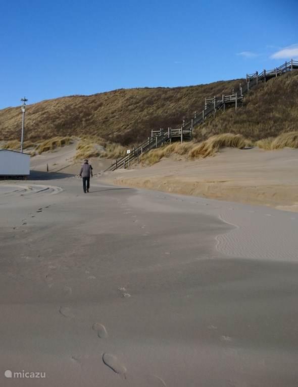 Het strand bij Groot Valkenisse