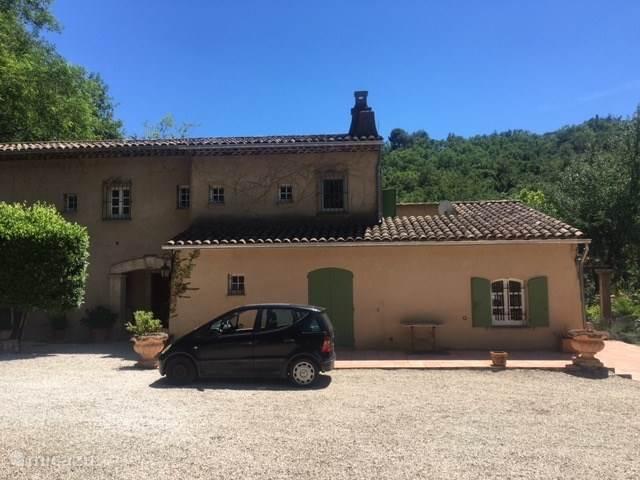 Vacation rental France – villa La Reine Du Loup
