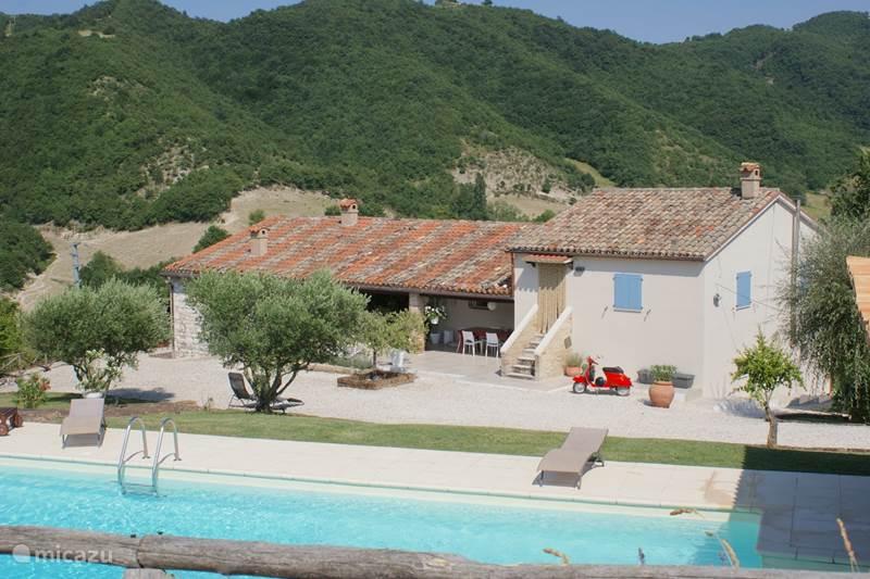 Vakantiehuis Italië, Marche, Fossombrone Villa Casa Gialla