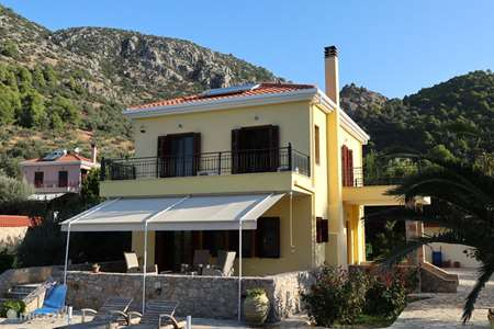 Vacation rental Greece – holiday house Villa Rena