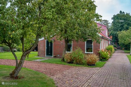 Vakantiehuis Nederland, Groningen, Sint-Annen – gîte / cottage Bij Groningen