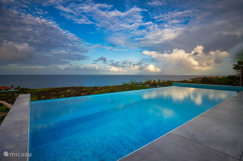 Vacation rental Curaçao, Banda Abou (West), Coral-Estate Rif St.marie Villa The Cliffhouse