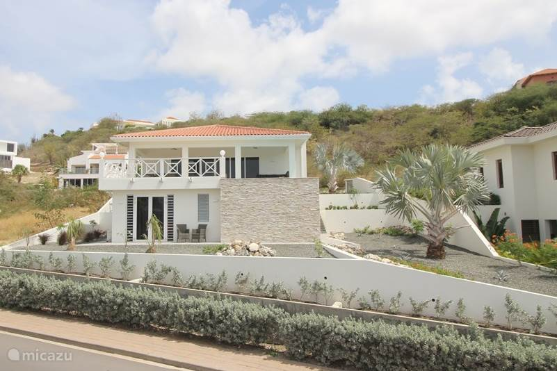 Vacation rental Curaçao, Curacao-Middle, Blue Bay villa Brand new villa with ocean view