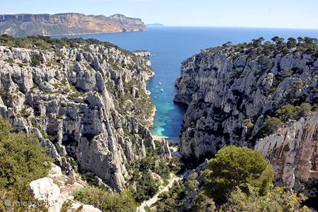 Wandelen of varen langs de Calanques