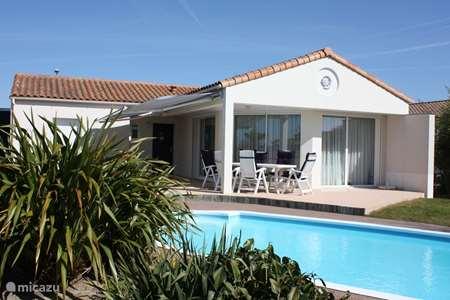 Vacation rental France, Vendee, Château-d'Olonne villa Les jardins du château d'Olonne