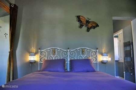 Vakantiehuis Portugal, Algarve, Monchique bed & breakfast DOORNROOSJE prins slaapkamer