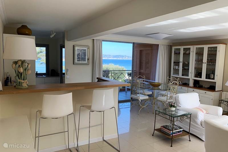 Vacation rental France, French Riviera, Théoule-sur-Mer Apartment Residence La Toquade