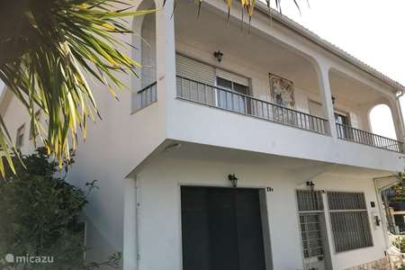 Vakantiehuis Portugal, Lissabon, Almada vakantiehuis Vale Flores