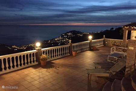 Vacation rental Spain, Costa del Sol, Almunecar villa Villa Fernando - 180° seaview