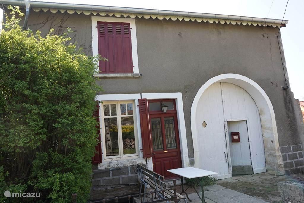 Vakantiehuis Frankrijk, Vogezen, Bousseraucourt Vakantiehuis Le Mairie