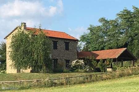 Vacation rental Italy, Piedmont, Roccaverano holiday house Casa Leprotto