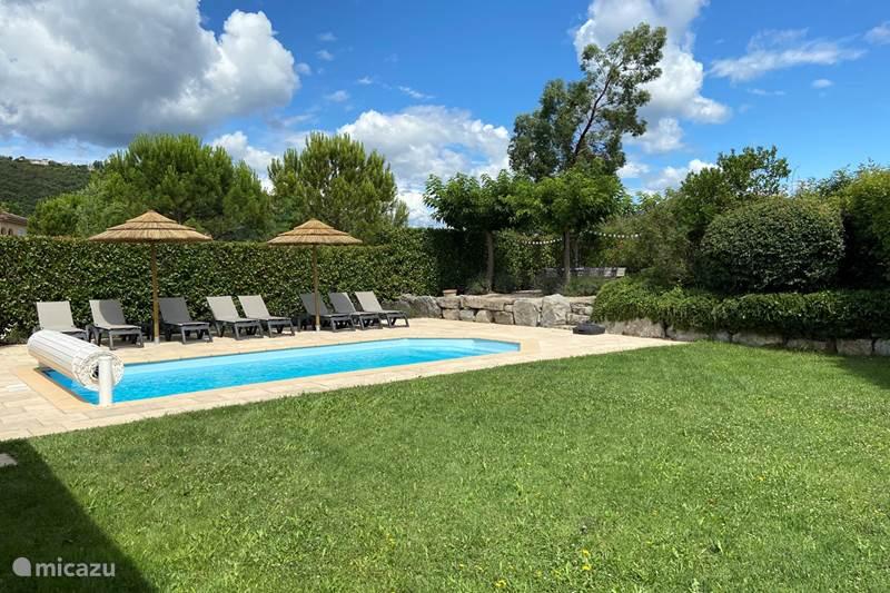 Vacation rental France, Ardèche, Vallon-Pont-d'Arc Villa Villa 26 Lumière - Ardeche