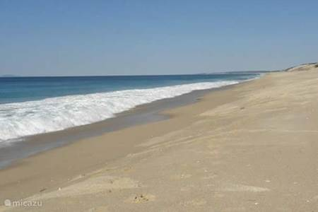 Strand nabij