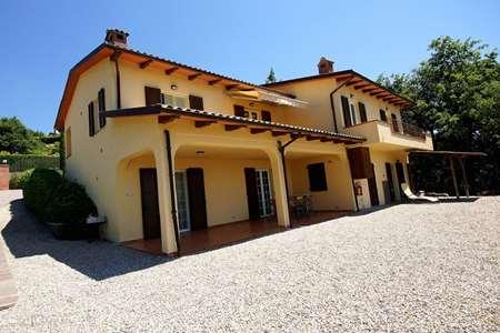 Vakantiehuis Italië, Umbrië, Tuoro sul Trasimeno appartement Villa Sopra - appartement Ginestra