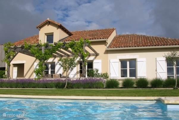Vakantiehuis Frankrijk, Charente, Écuras - villa Luxe Villa Domaine de la Haute Preze