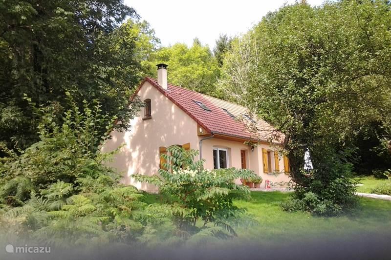 Vakantiehuis Frankrijk, Nièvre, Fâchin Vakantiehuis Fleur de Pommiers