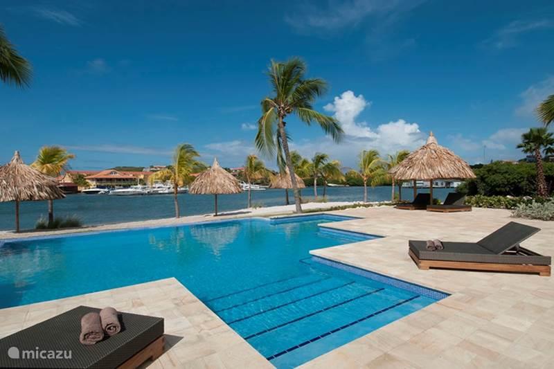Vakantiehuis Curaçao, Banda Ariba (oost), Spaanse Water Appartement La Maya Beach apartment E8
