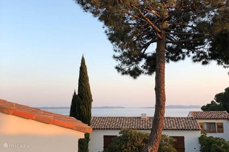 Vakantiehuis Frankrijk, Côte d´Azur, Le Lavandou Bungalow Vakantiehuis aan de Côte d'Azur