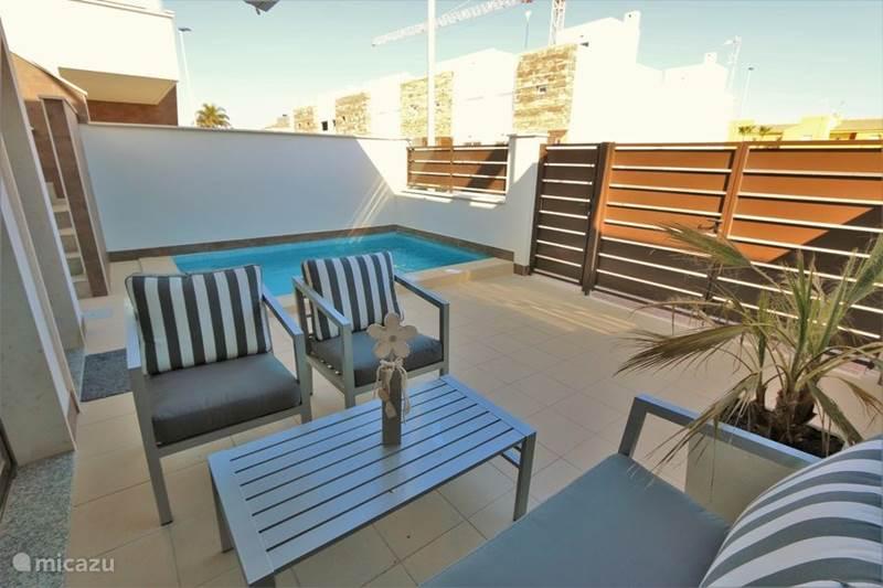 Vakantiehuis Spanje, Murcia, San Pedro del Pinatar Bungalow Moderne bungalow met privé zwembad