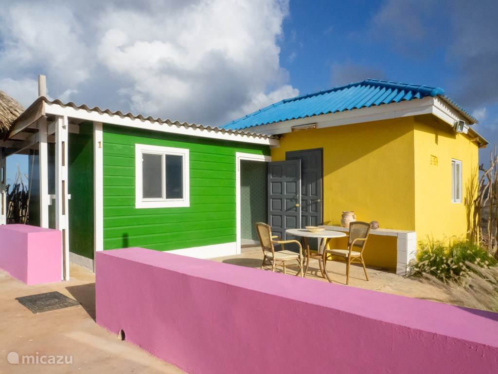 Vacation rental Curaçao, Banda Abou (West), Jan Donker Bed & Breakfast Shelterrock Paradise Room1