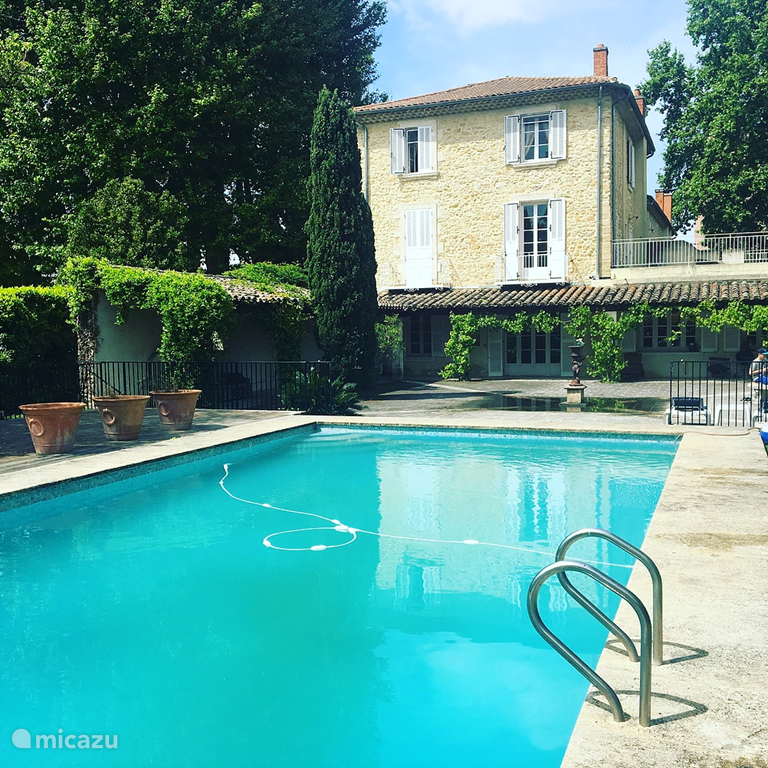 Vacation rental France, Provence, Orange holiday house Villa L'Arais