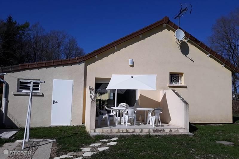 Vacation rental France, Saône-et-Loire, Thil-sur-Arroux Holiday house Maison du Lac