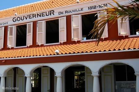 Gouverneur De Rouville Restaurant