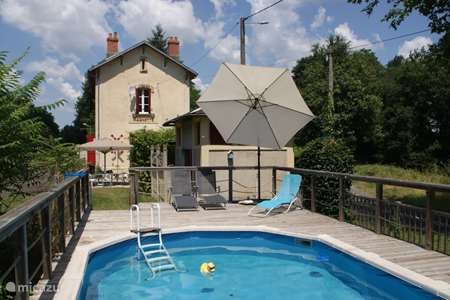 Vacation rental France, Allier, Magnette holiday house La Gare de Magnette