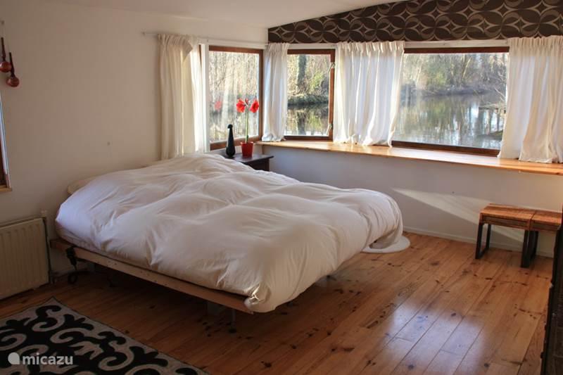 Vakantiehuis Nederland, Noord-Holland, Amsterdam Camper / Jacht / Woonboot Comfortabele woonboot bij Amsterdam