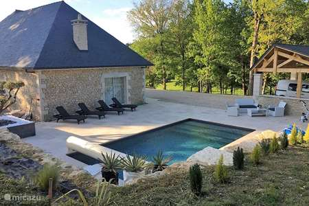 Vacation rental France, Dordogne, Les Farges holiday house Santoneige