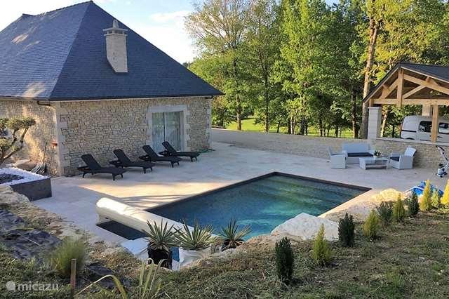 Vacation rental France, Dordogne, Le Lardin-Saint-Lazare - holiday house Santoneige
