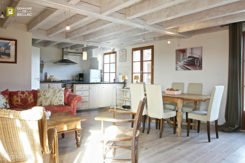 Vakantiehuis Frankrijk, Charente, Rousinnes Vakantiehuis Le Castel - Domaine de Bellac