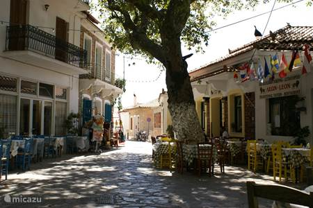 Het dorp Platanos