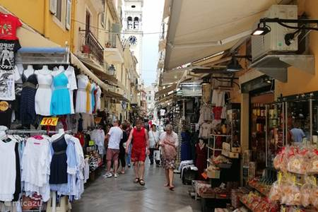 Corfu stad op loop afstand