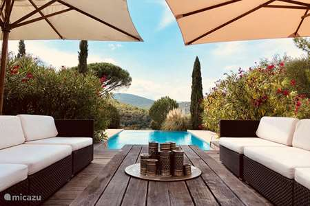 Vacation rental France, French Riviera, Gassin bed & breakfast Bed & Breakfast St-Tropez room 1
