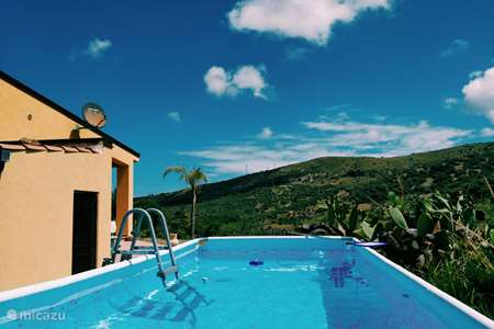 Vakantiehuis Italië, Sicilië, Collesano vakantiehuis Casa Pizzido