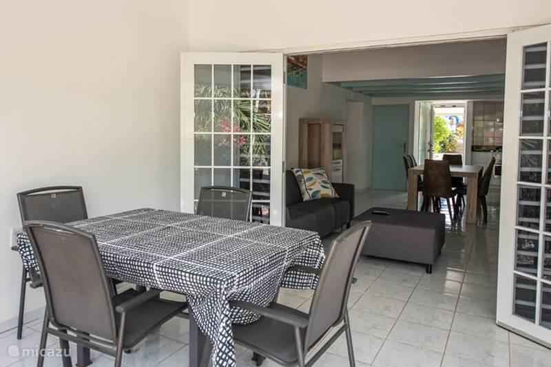 Vakantiehuis Curaçao, Banda Ariba (oost), Seru Coral Appartement Seru Coral Apartment4 evt. met auto