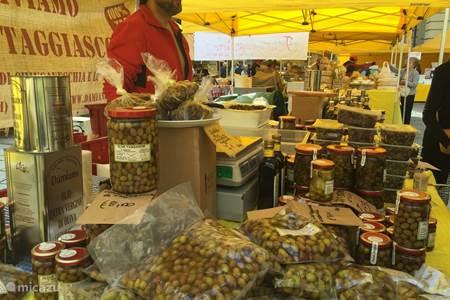 Biologische markt in Turijn
