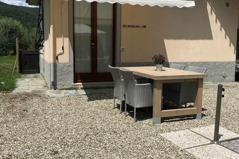Vakantiehuis Italië, Umbrië, Tuoro sul Trasimeno Studio Villa Roccaccia - Il Magazzino