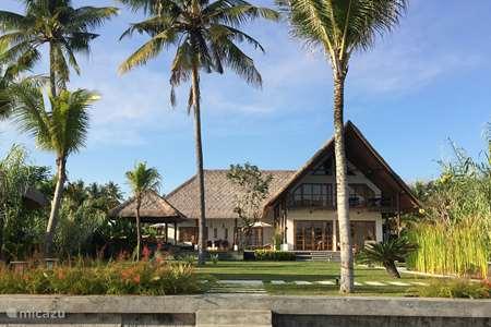 Vakantiehuis Indonesië, Bali, Brong Bong villa Beachvilla Sungai Raja