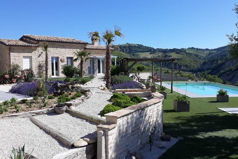 Vakantiehuis Italië, Marche, Offida Appartement Casa Valle Ciafone