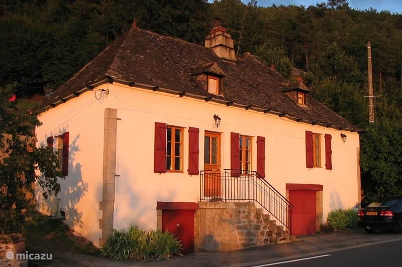 Vakantiehuis Frankrijk, Corrèze, Argentat-sur-Dordogne Gîte / Cottage Les Bois du Raz