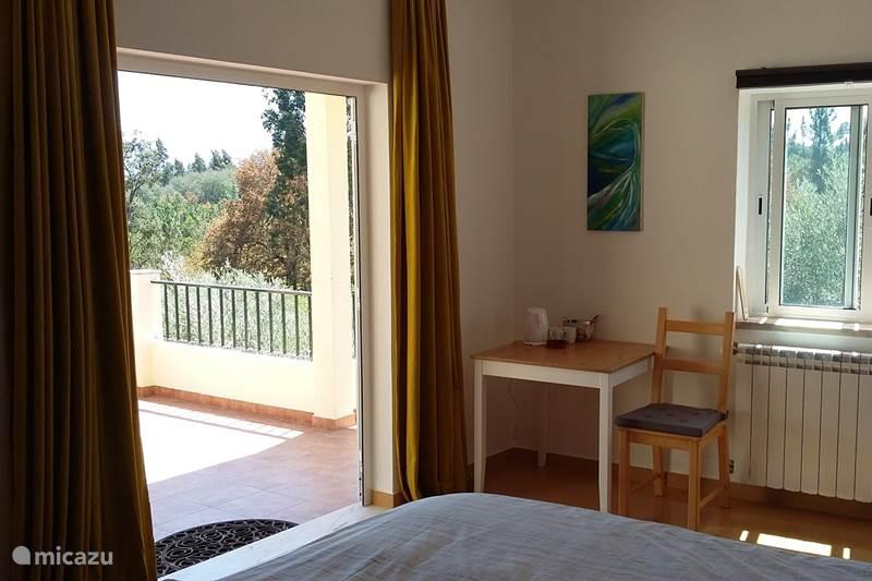 Vakantiehuis Portugal, Coimbra, Mouronho Bed & Breakfast B&B Porturama 4 pers.kamer (max)