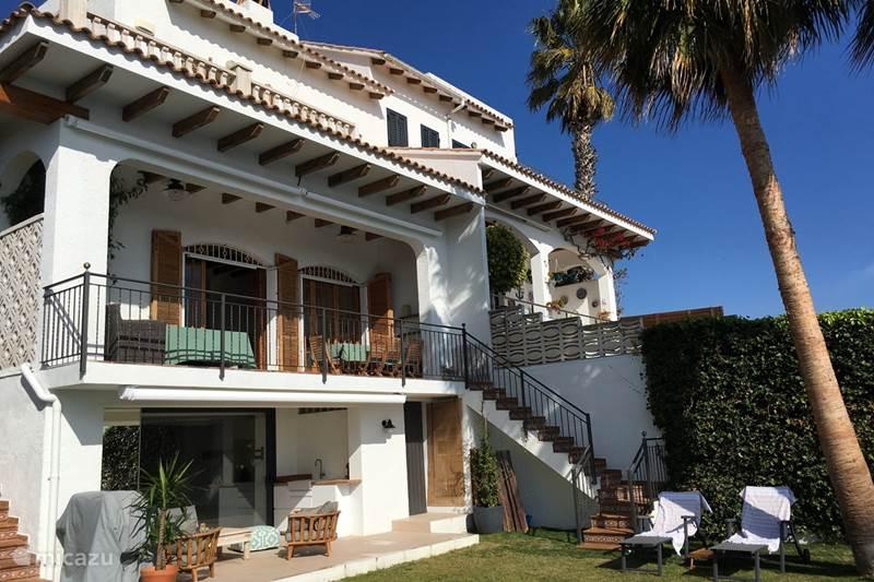 Vakantiehuis Spanje, Barcelona, Sitges Vakantiehuis Villa Dos Palmeras