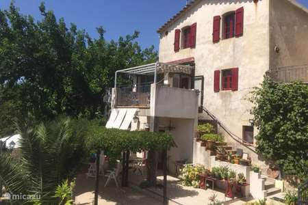 Vacation rental France, Gard, Tornac holiday house Maison Laucire Chamson
