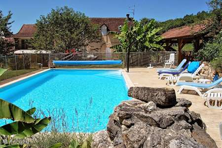 Vacation rental France, Dordogne, Aubas holiday house Damienne