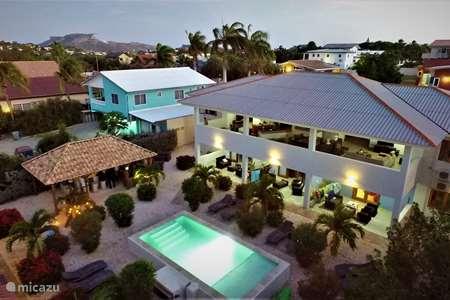 Vakantiehuis Curaçao, Banda Ariba (oost), Cas Grandi appartement Bubi Blou Apartments 4- pers rechts